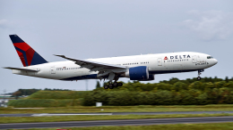 FlyingMonkeyさんが、成田国際空港で撮影したデルタ航空 777-232/LRの航空フォト(飛行機 写真・画像)