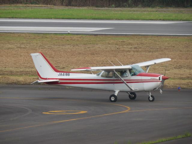 F.YUKIHIDEさんが、岡南飛行場で撮影したアイベックスアビエイション 172Pの航空フォト(飛行機 写真・画像)