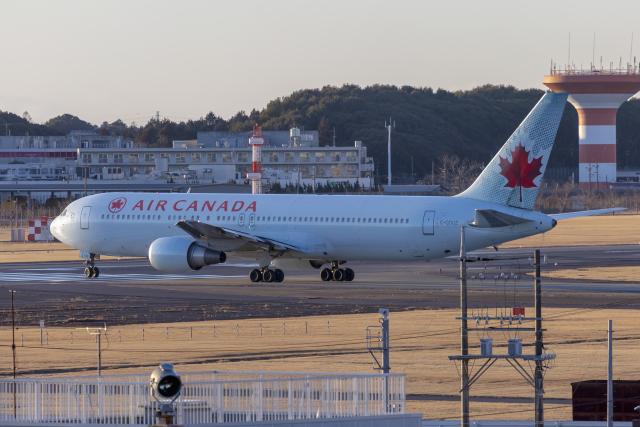 mameshibaさんが、成田国際空港で撮影したエア・カナダ 767-38E/ERの航空フォト(飛行機 写真・画像)