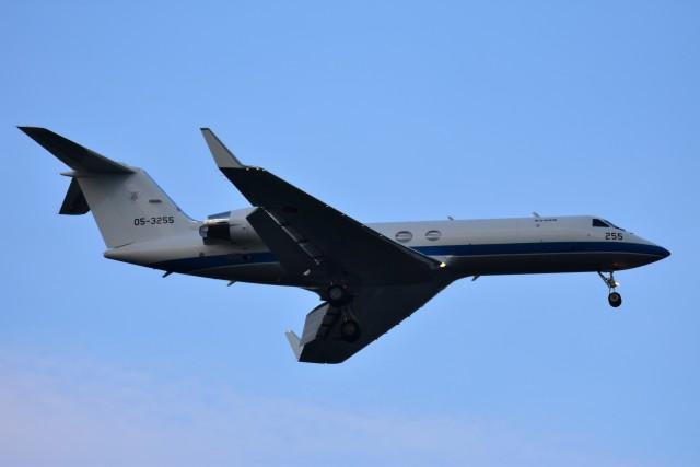 RyuRyu1212さんが、入間飛行場で撮影した航空自衛隊 U-4 Gulfstream IV (G-IV-MPA)の航空フォト(飛行機 写真・画像)