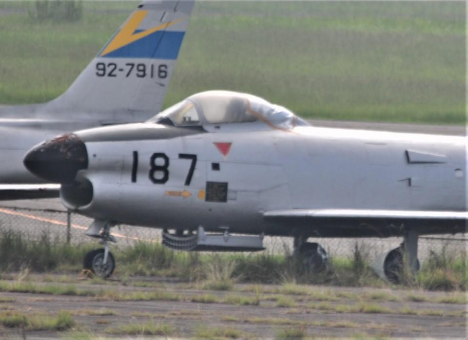 海山さんの航空自衛隊 North American F-86 Sabre (04-8187) 航空フォト
