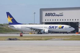 神宮寺ももさんが、那覇空港で撮影したスカイマーク 737-8HXの航空フォト(飛行機 写真・画像)