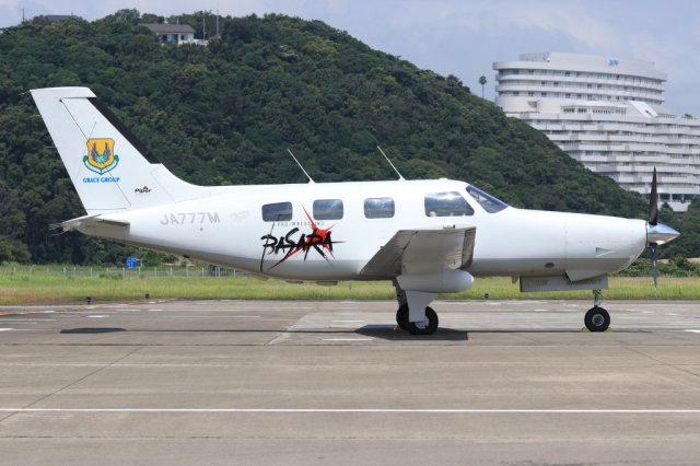 korosukeさんが、南紀白浜空港で撮影した日本法人所有 PA-46-350P Malibu Mirageの航空フォト(飛行機 写真・画像)