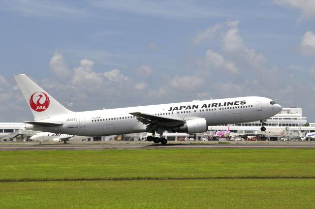 ワイエスさんが、鹿児島空港で撮影した日本航空 767-346の航空フォト(飛行機 写真・画像)