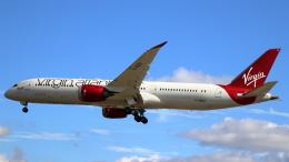誘喜さんが、ロンドン・ヒースロー空港で撮影したヴァージン・アトランティック航空 787-9の航空フォト(飛行機 写真・画像)