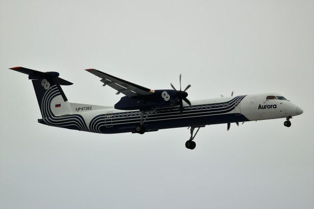 ばっきーさんが、新千歳空港で撮影したオーロラ DHC-8-402Q Dash 8の航空フォト(飛行機 写真・画像)