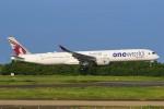 みるぽんたさんが、成田国際空港で撮影したカタール航空 A350-1041の航空フォト(飛行機 写真・画像)