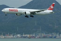 Souma2005さんが、香港国際空港で撮影したスイスインターナショナルエアラインズ 777-3DE/ERの航空フォト(飛行機 写真・画像)