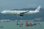 Souma2005さんが、香港国際空港で撮影したシンガポール航空 777-312/ERの航空フォト(飛行機 写真・画像)