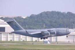 Mr.boneさんが、嘉手納飛行場で撮影したアメリカ空軍 C-17A Globemaster IIIの航空フォト(飛行機 写真・画像)