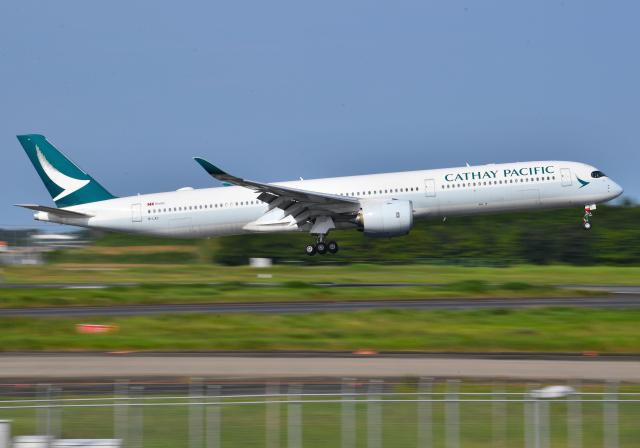 雲霧さんが、成田国際空港で撮影したキャセイパシフィック航空 A350-1041の航空フォト(飛行機 写真・画像)