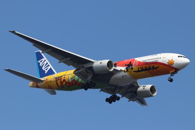 imosaさんが、羽田空港で撮影した全日空 777-281/ERの航空フォト(飛行機 写真・画像)