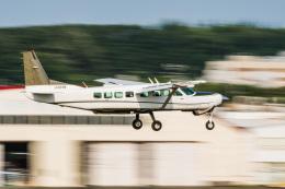 NCT310さんが、調布飛行場で撮影した共立航空撮影 208B Grand Caravanの航空フォト(飛行機 写真・画像)