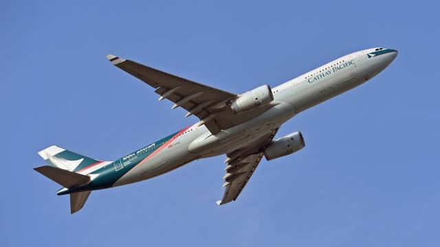 flytaka78さんが、成田国際空港で撮影したキャセイパシフィック航空 A330-342Xの航空フォト(飛行機 写真・画像)