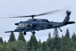 falconさんが、秋田空港で撮影した航空自衛隊 UH-60Jの航空フォト(飛行機 写真・画像)