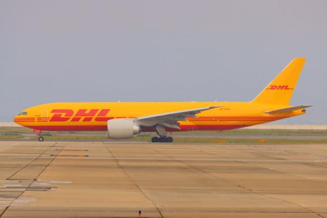 た~きゅんさんが、関西国際空港で撮影したカリッタ エア 777-F1Hの航空フォト(飛行機 写真・画像)