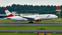 FlyingMonkeyさんが、成田国際空港で撮影したオーストリア航空 777-2B8/ERの航空フォト(飛行機 写真・画像)