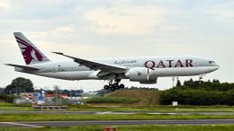 FlyingMonkeyさんが、成田国際空港で撮影したカタール航空 777-2DZ/LRの航空フォト(飛行機 写真・画像)