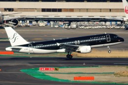 ばっきーさんが、羽田空港で撮影したスターフライヤー A320-214の航空フォト(飛行機 写真・画像)