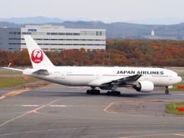 むらさめさんが、新千歳空港で撮影した日本航空 777-246の航空フォト(飛行機 写真・画像)