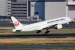 ばっきーさんが、羽田空港で撮影した日本航空 777-289の航空フォト(飛行機 写真・画像)