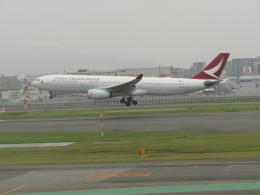 commet7575さんが、福岡空港で撮影したキャセイドラゴン A330-342の航空フォト(飛行機 写真・画像)