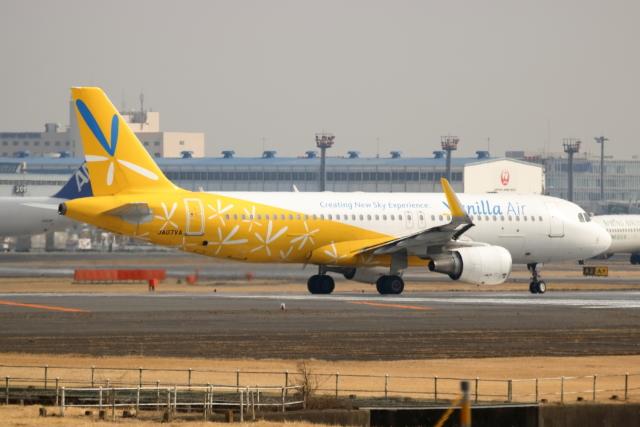 NANASE UNITED®さんが、成田国際空港で撮影したバニラエア A320-214の航空フォト(飛行機 写真・画像)