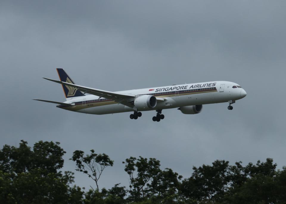 銀苺さんのシンガポール航空 Boeing 787-10 (9V-SCA) 航空フォト