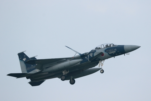GNPさんが、小松空港で撮影した航空自衛隊 F-15DJ Eagleの航空フォト(飛行機 写真・画像)