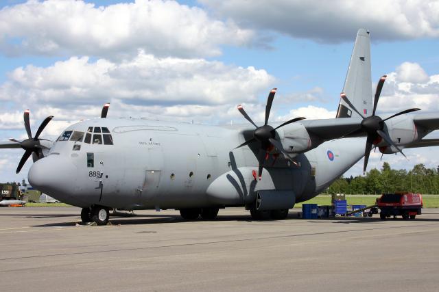 Echo-Kiloさんが、カウハバ飛行場で撮影したイギリス空軍 C-130J Hercules C5の航空フォト(飛行機 写真・画像)