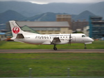 ここはどこ?さんが、札幌飛行場で撮影した北海道エアシステム 340B/Plusの航空フォト(飛行機 写真・画像)