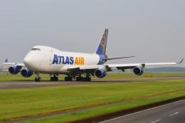 デルタおA330さんが、横田基地で撮影したアトラス航空 747-4B5F/SCDの航空フォト(飛行機 写真・画像)