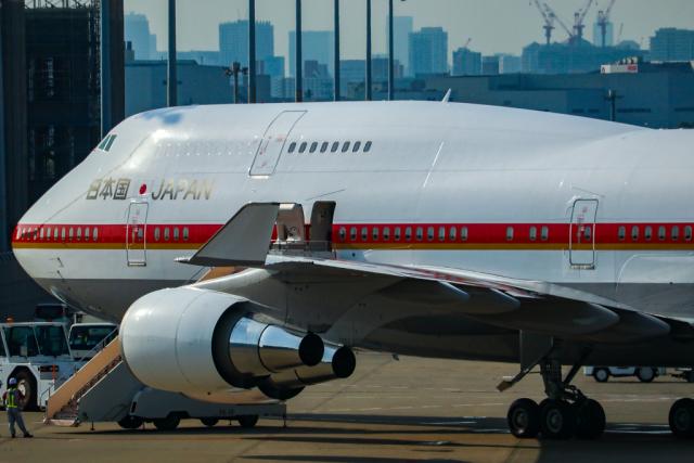 スカイチームKMJ ももこさんが、羽田空港で撮影した航空自衛隊 747-47Cの航空フォト(飛行機 写真・画像)