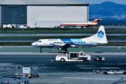 パール大山さんが、サンフランシスコ国際空港で撮影したアスペン・エアウェイズ 580の航空フォト(飛行機 写真・画像)