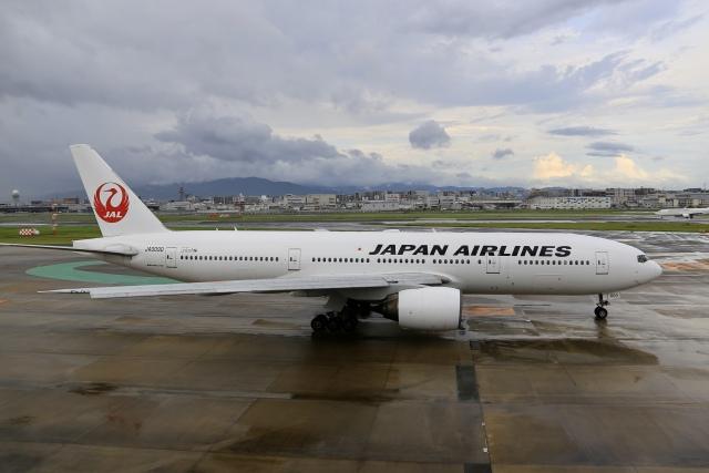 aki241012さんが、福岡空港で撮影した日本航空 777-289の航空フォト(飛行機 写真・画像)