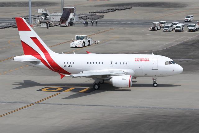 utarou on NRTさんが、羽田空港で撮影したユニバーサルエンターテインメント A318-112 CJ Eliteの航空フォト(飛行機 写真・画像)