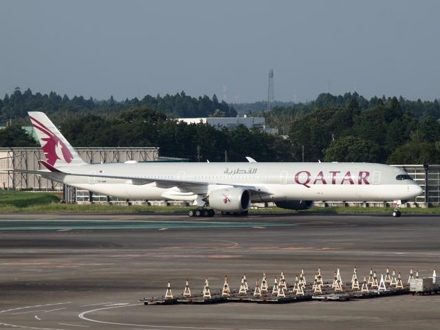 FT51ANさんが、成田国際空港で撮影したカタール航空 A350-1041の航空フォト(飛行機 写真・画像)