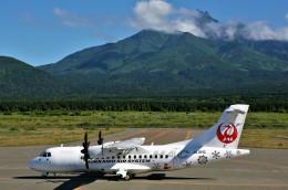 にしやんさんが、利尻空港で撮影した北海道エアシステム ATR-42-600の航空フォト(飛行機 写真・画像)
