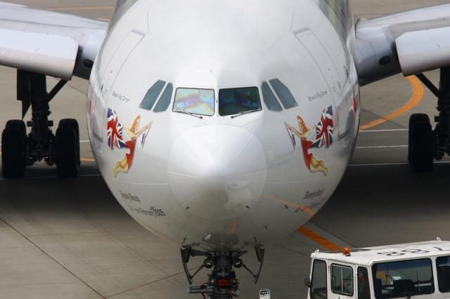 Hiro-hiroさんが、成田国際空港で撮影したヴァージン・アトランティック航空 A340-642の航空フォト(飛行機 写真・画像)
