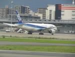 commet7575さんが、福岡空港で撮影した全日空 777-281の航空フォト(飛行機 写真・画像)