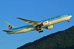 航空フォト:HL8251 大韓航空 777-200