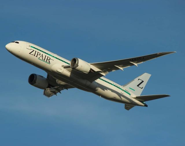 ホタテ㌠さんが、成田国際空港で撮影したZIPAIR 787-8 Dreamlinerの航空フォト(飛行機 写真・画像)