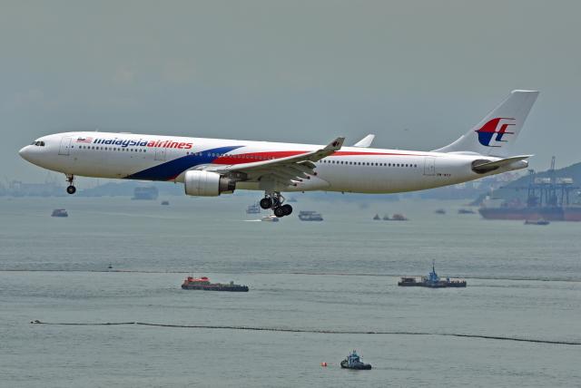 Souma2005さんが、香港国際空港で撮影したマレーシア航空 A330-323Xの航空フォト(飛行機 写真・画像)
