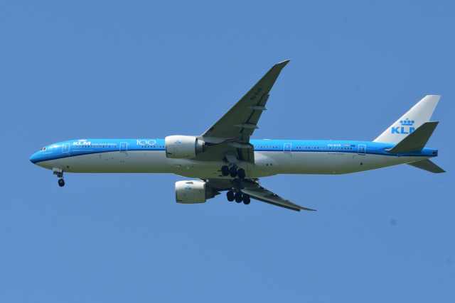 rangeroverさんが、成田国際空港で撮影したKLMオランダ航空 777-306/ERの航空フォト(飛行機 写真・画像)