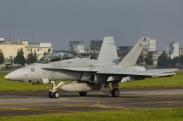 Mochi7D2さんが、横田基地で撮影したアメリカ海兵隊 F/A-18D Hornetの航空フォト(飛行機 写真・画像)