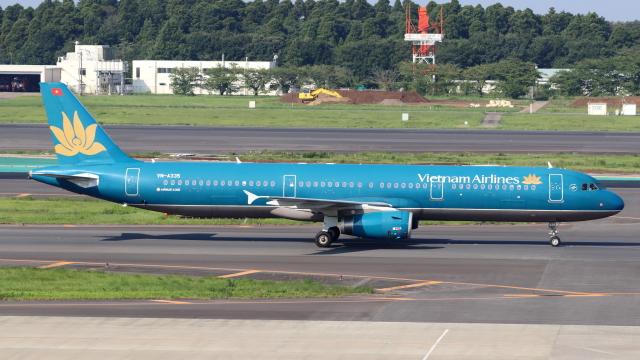誘喜さんが、成田国際空港で撮影したベトナム航空 A321-231の航空フォト(飛行機 写真・画像)