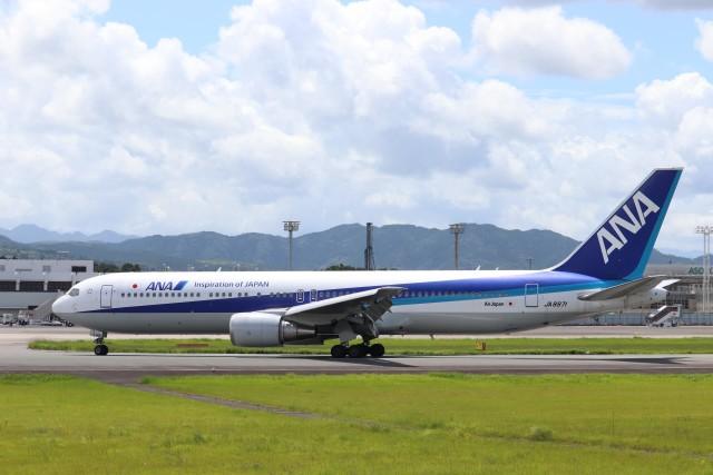 Yuseiさんが、熊本空港で撮影した全日空 767-381/ERの航空フォト(飛行機 写真・画像)