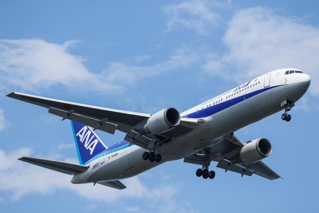 @taiga_mainさんが、羽田空港で撮影した全日空 767-381/ERの航空フォト(飛行機 写真・画像)