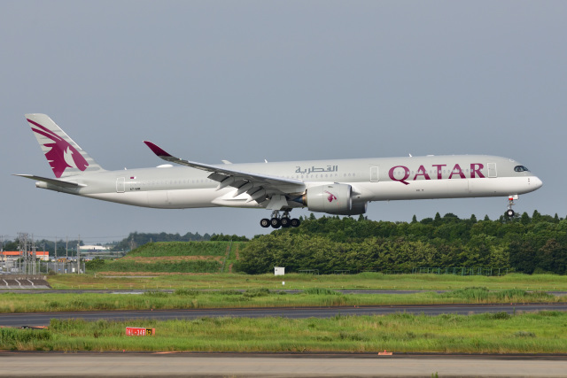 saoya_saodakeさんが、成田国際空港で撮影したカタール航空 A350-1041の航空フォト(飛行機 写真・画像)