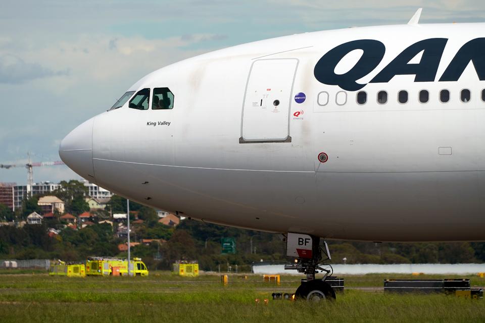FlyingMonkeyさんのジェットスター Airbus A330-200 (VH-EBF) 航空フォト
